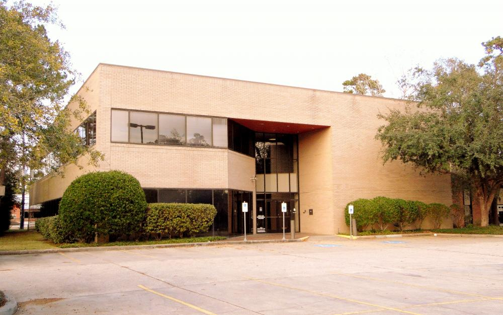 Sterling Kingwood Office Facade